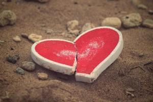 broken-heart-sand